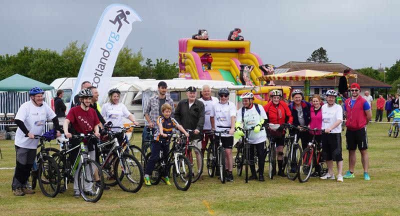 Medieval Fair - Our cyclists returned with some members of Arbroath Rotary who joined them at Carnoustie.