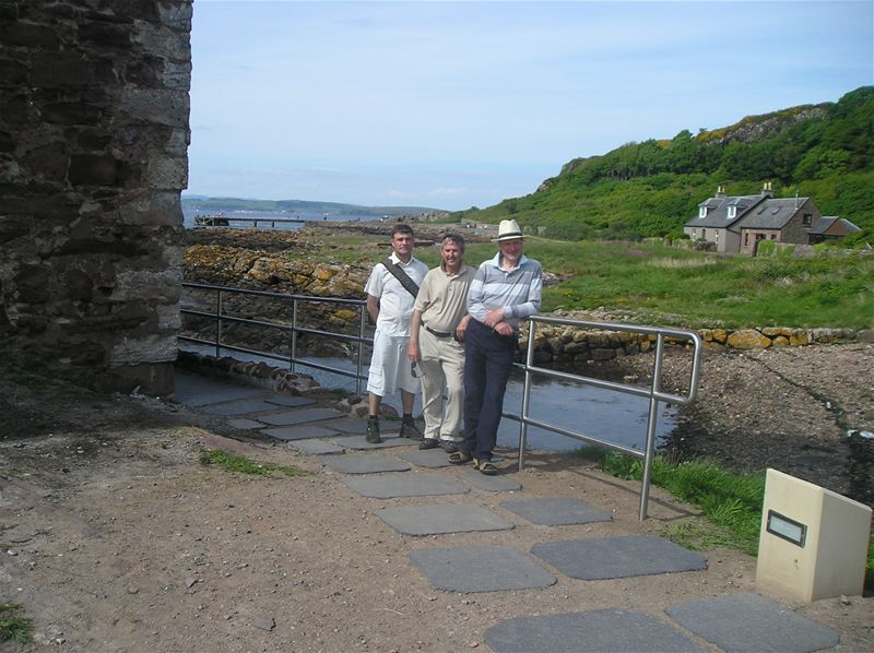 Sponsored Walk  May 2010 - 31/5/10 The survivors at Portencross Castle