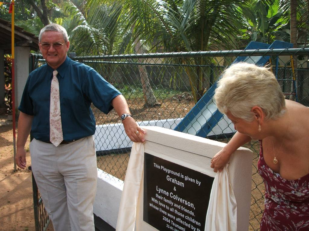 Tsunami Disaster - 1 year on (2006) - Graham & Lynn Colverson Opening the Playground Officially