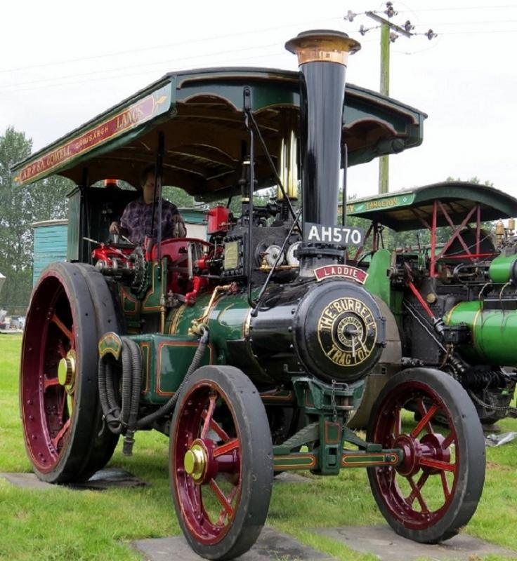 Leisure Lakes Steam and Vintage Vehicle Rally 2016 - Laddie The Burrell Tractor