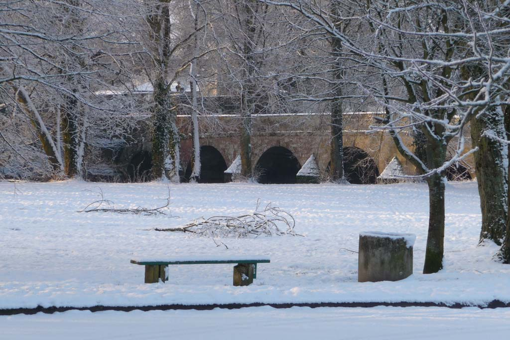 Blandford in the snow -  The Road Bridge over the Stour