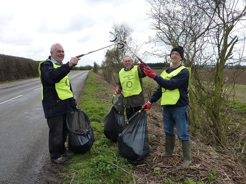 Mar 2014 Litter Pick - Oakington Road - The hard working trio celebrate their success