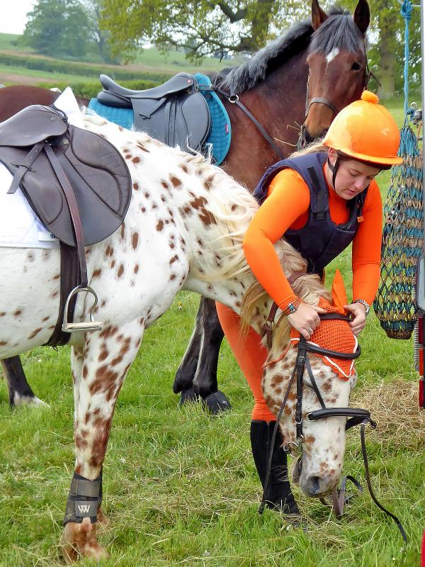 20 MAY 2018: 'The Waddesdon' Sponsored Ride - Careful does it over the ears.