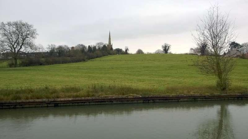 Rotary Walk from the Admiral Nelson in Braunston - ...without all the scaffolding and sheet metal walling