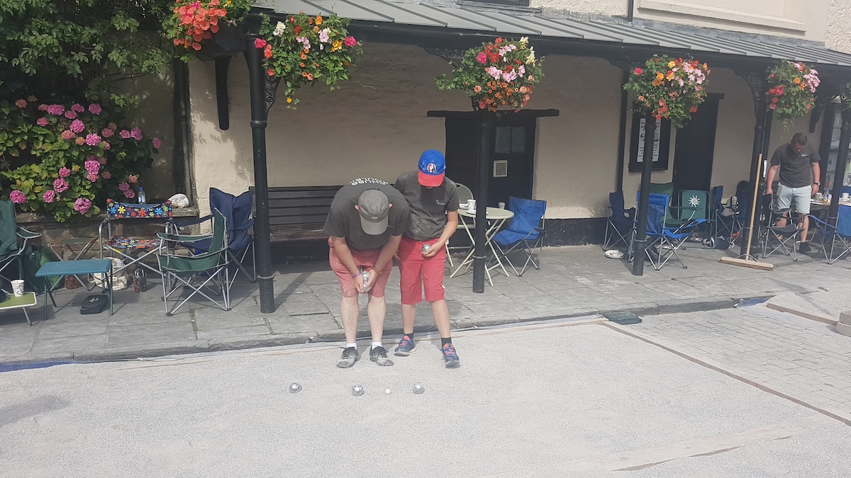 Wells Boules Tournament July 2018 - Who's ball is the closest
