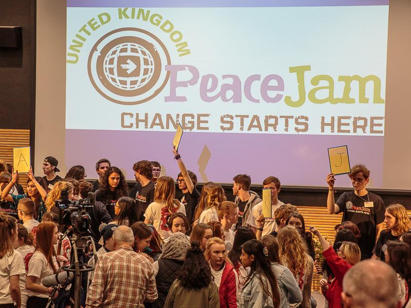 PeaceJam 2016 UK Conference - A way of mixing up all the participants.