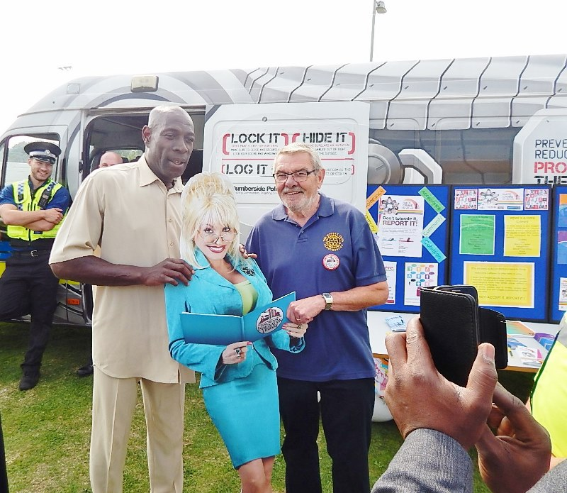 Dolly Parton Imagination Library - With Frank Bruno