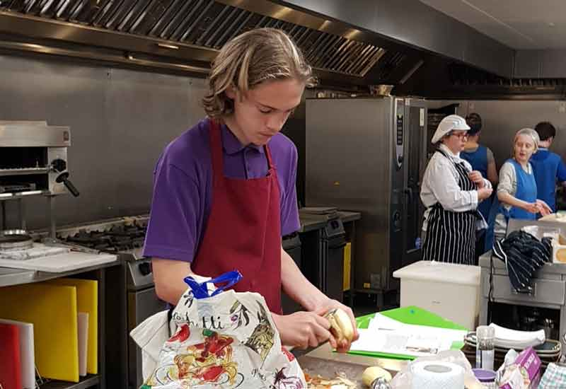 Young Chef 2017/2018 - local round - Winner Zachary Allen at work in the kitchen