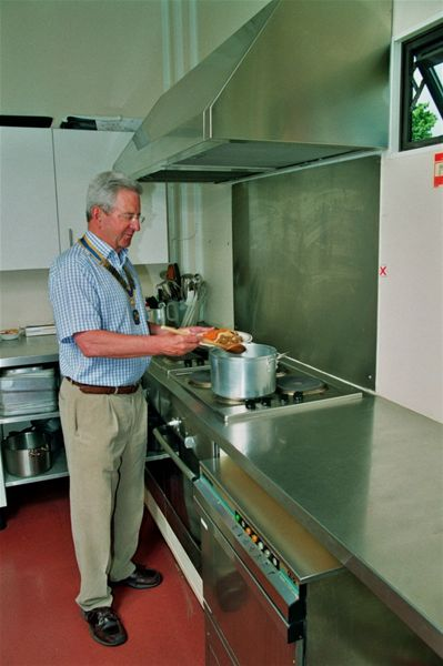 Home Link's new kitchen - Demonstrating all-day breakfast cooking skills!