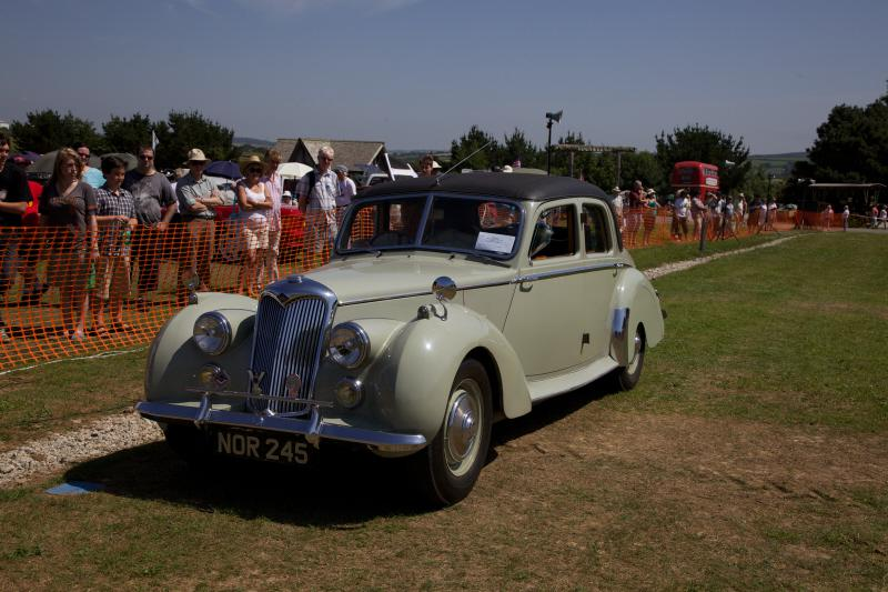 Wheels 2013 - Report and Slide Show - a Riley