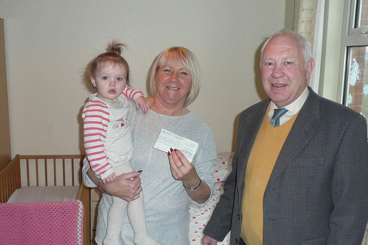 Horwich Rotary Supports Bolton Young Parents Service - Horwich Rotary Supports Bolton Young Parents Service