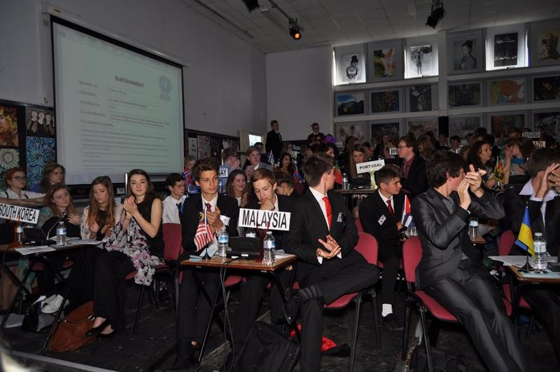 Model United Nations 2014 -