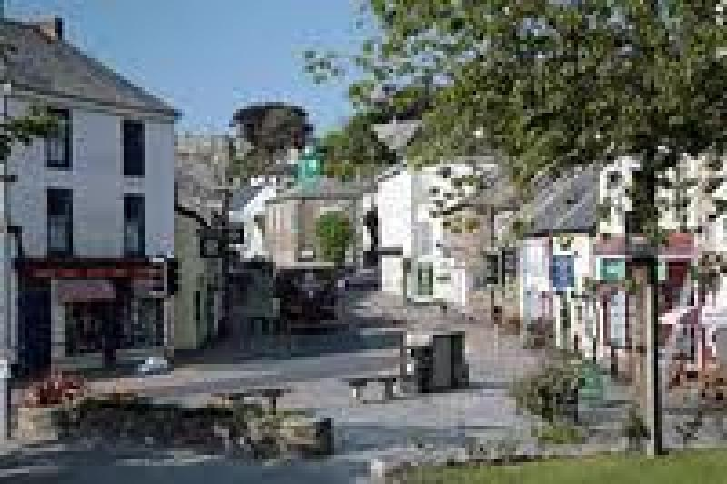 Views of Camelford - images2 1