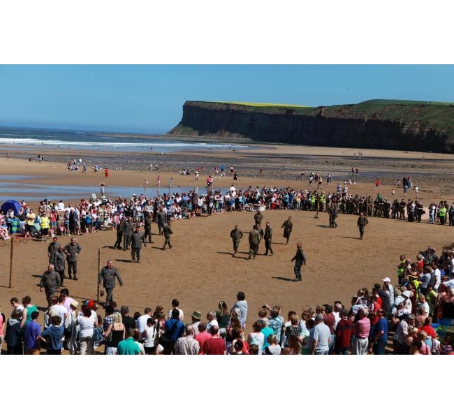 Saltburn War Memorial Restoration - Attracting an estimated 30,000 visitors to the town throughout the day
