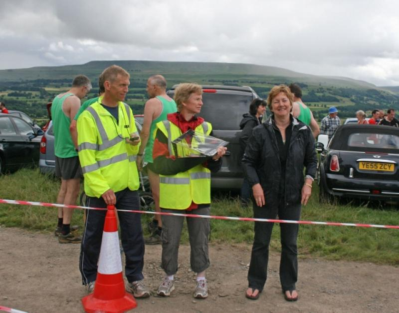 Herriot Run 2012 Report - marshalls (640x502)