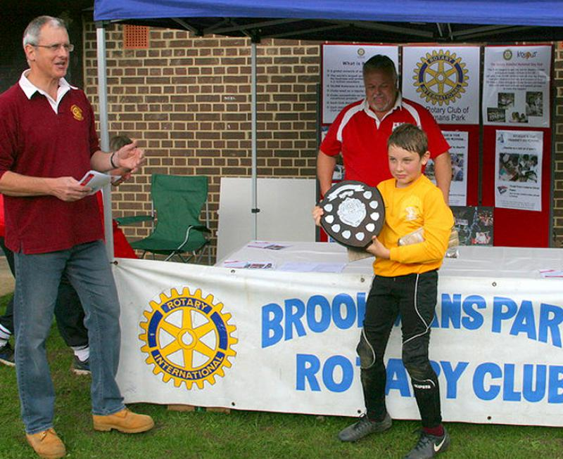 Another Fantastic Primary Schools Football Tournament! - Mike Williams, Brookmans Park Rotary President and the Cuffley goalie with the Winners Shield