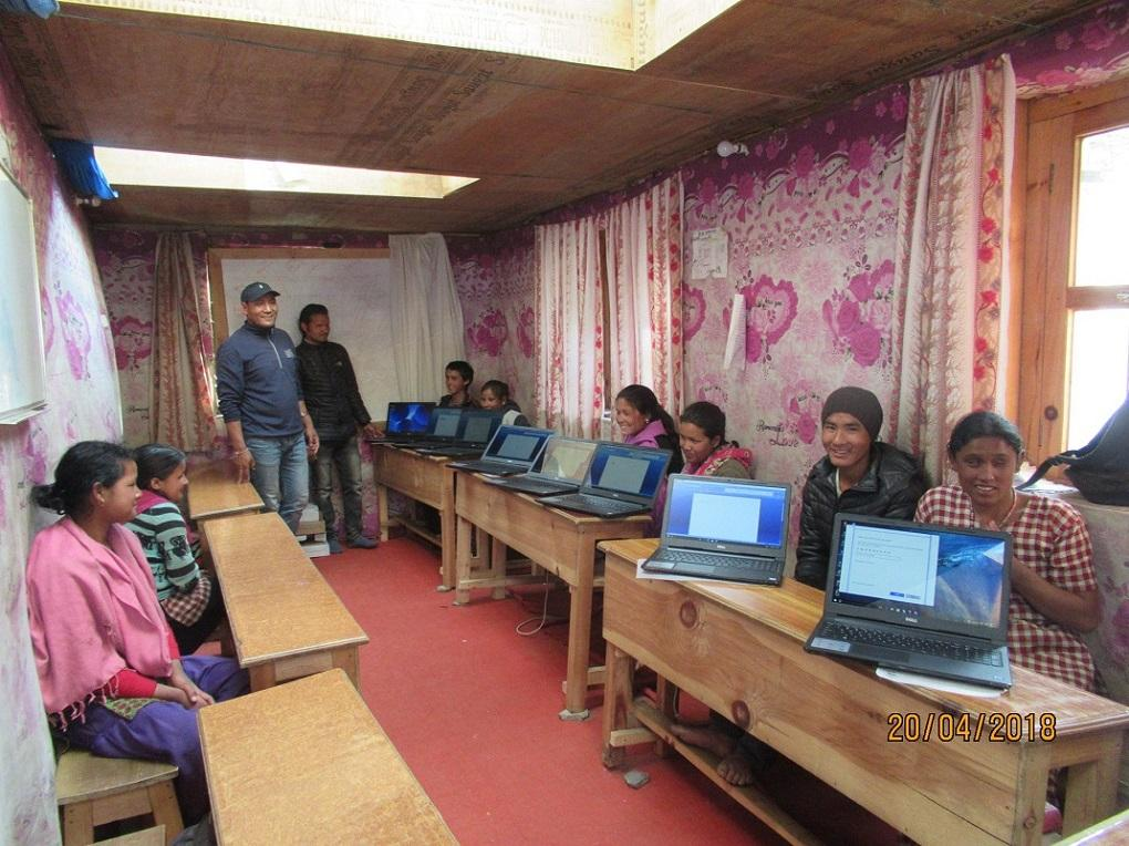 Nepal HEAD Project - Head pupils enjoying their new laptops
