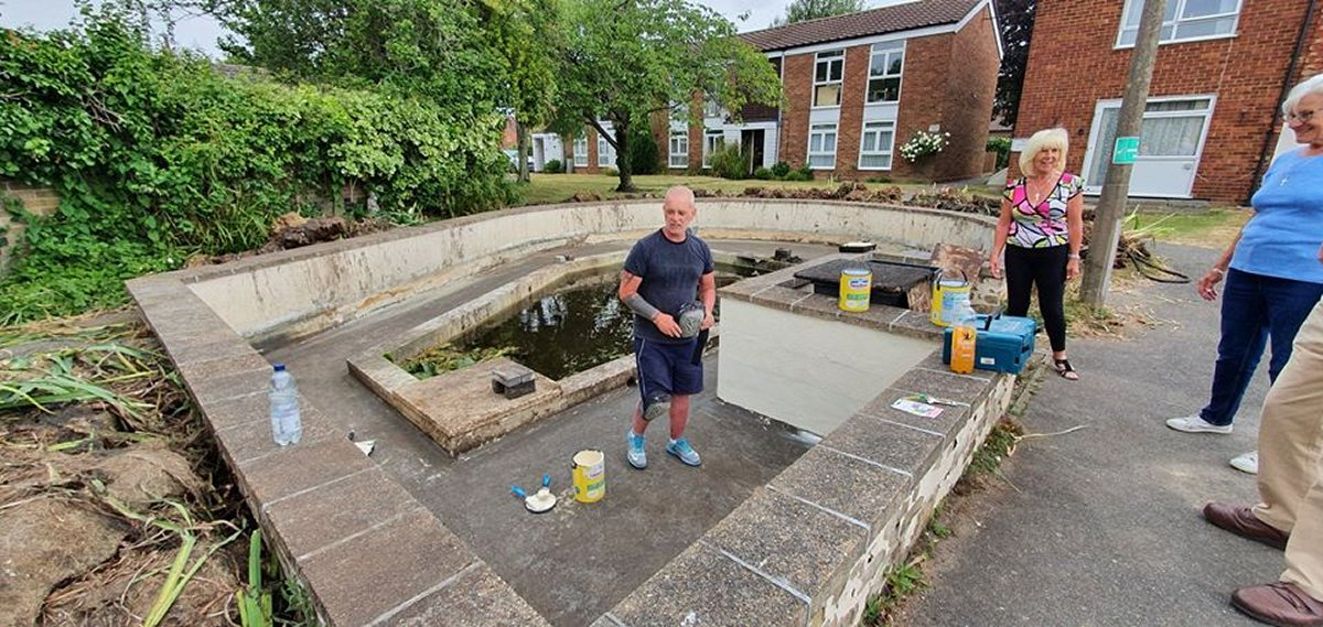 Ingleton House Pond Project  - June 2020 - ready to apply first coat pond