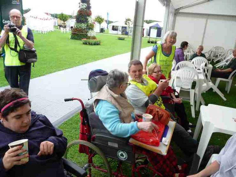 The Southport Flower Show - Wheelchair Push - 2012 - rotary-club-of-southport-links-2012-flower-show-201208