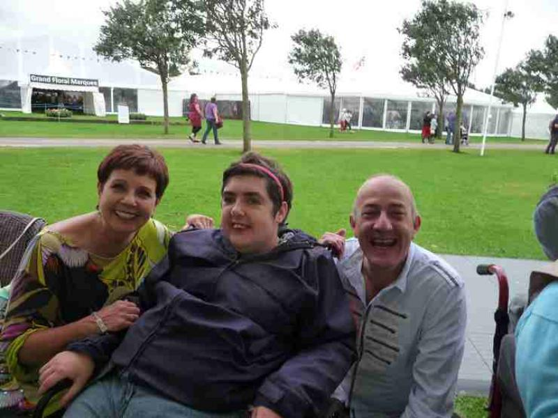 The Southport Flower Show - Wheelchair Push - 2012 - rotary-club-of-southport-links-2012-flower-show-201210