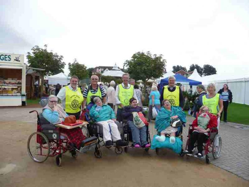 The Southport Flower Show - Wheelchair Push - 2012 - rotary-club-of-southport-links-2012-flower-show-201214
