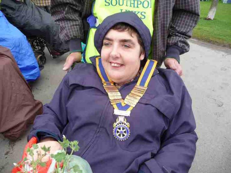The Southport Flower Show - Wheelchair Push - 2012 - rotary-club-of-southport-links-2012-flower-show-201217