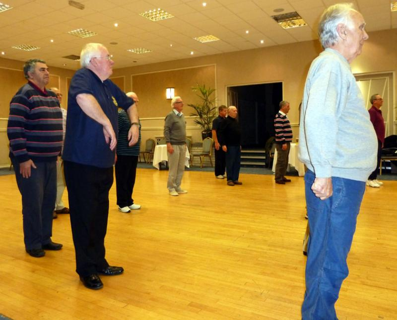 Tai Chi with Bernie Coates - rotary-club-of-southport-links-Thi chi-4