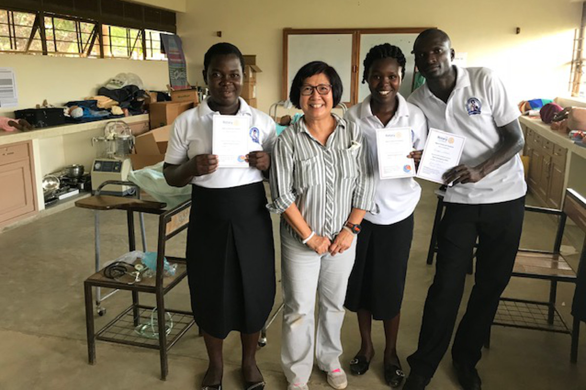 Ngora Freda Carr Hospital - October 2018 - Stella with trainees presented with attendance certificates