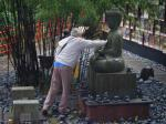 Ron having a wish on the Buddah's stomach (he wasn't the only one !!)