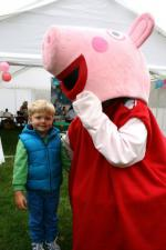 St Asaph country Fayre 2013 - Peppa-child