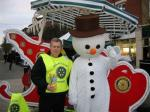 Xmas Street Collection - Saturday, 11th December 2010 - President, Kevin Bridge with Frosty the Snowman