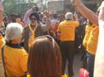 Foundation - Yellow shirts of the Rotary polio team