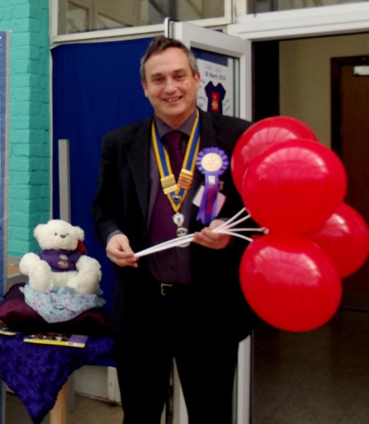 Park House School Turns Purple - loves balloons