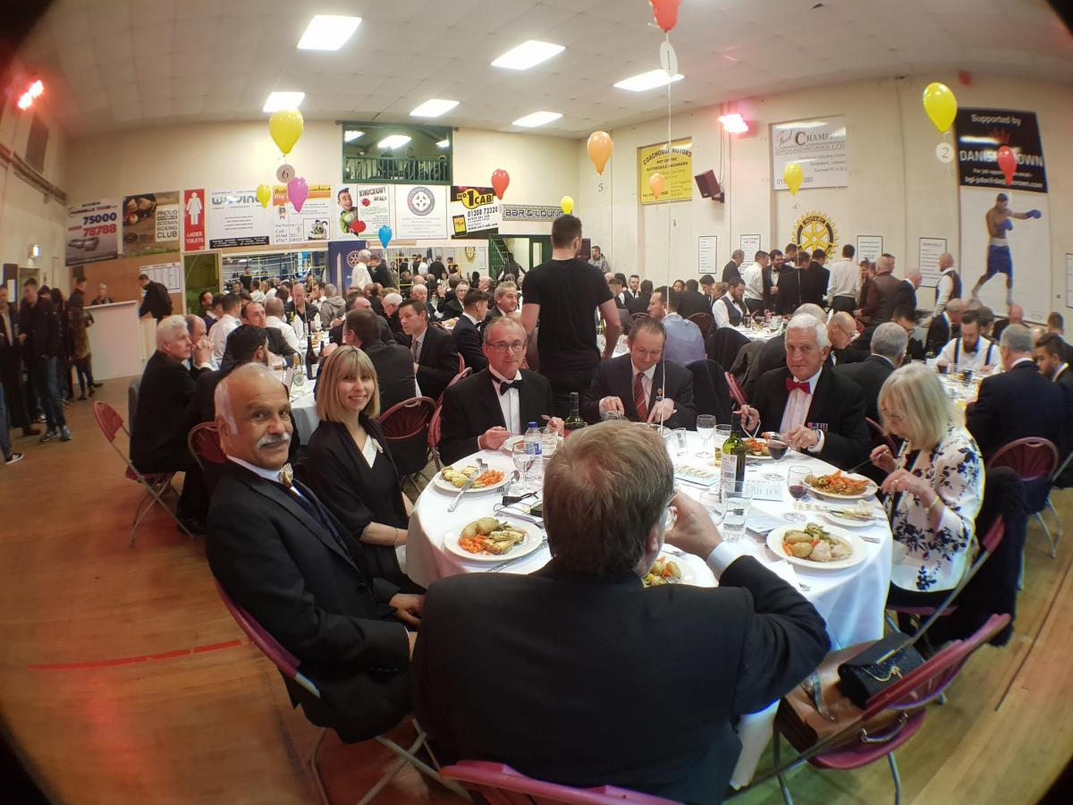 CHARITY DINNER AND BOXING EVENING - with the mayor