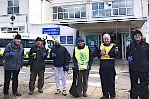Kent & Canterbury Hospital litter pick